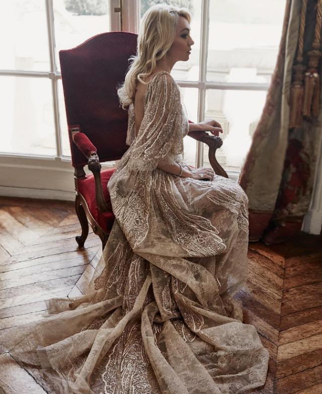Модные платья на Новый год: идеи для разных типов внешности