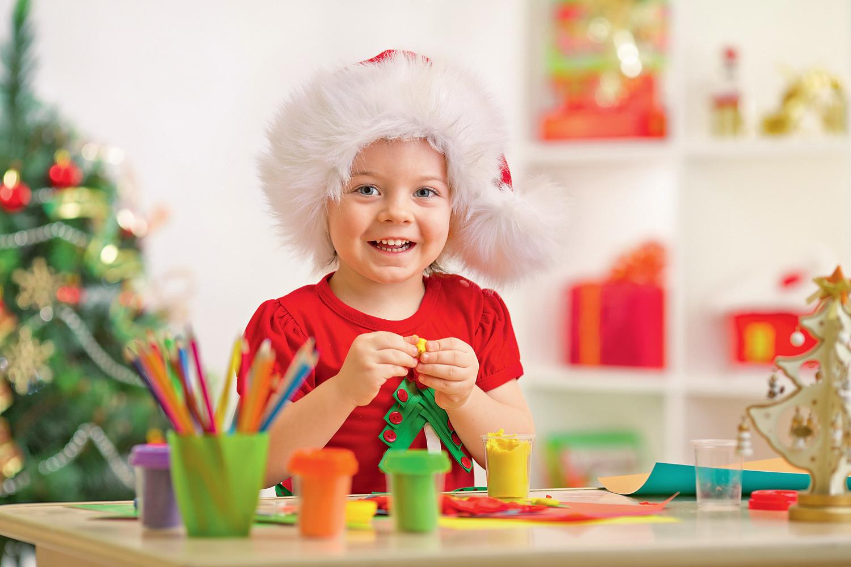 Новогодние поделки с детьми: 9 креативных идей с фото
