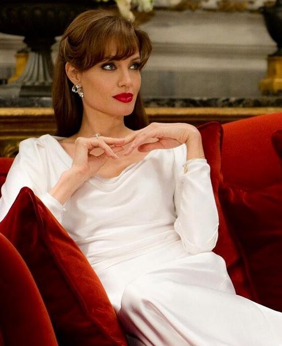 Анджелина Джоли разрешила Брэду Питту поздравить детей с Рождеством
