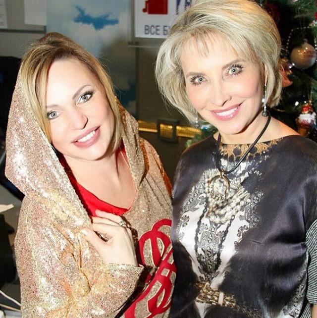 Актриса Алла Довлатова знает, как остаться стройной после праздников