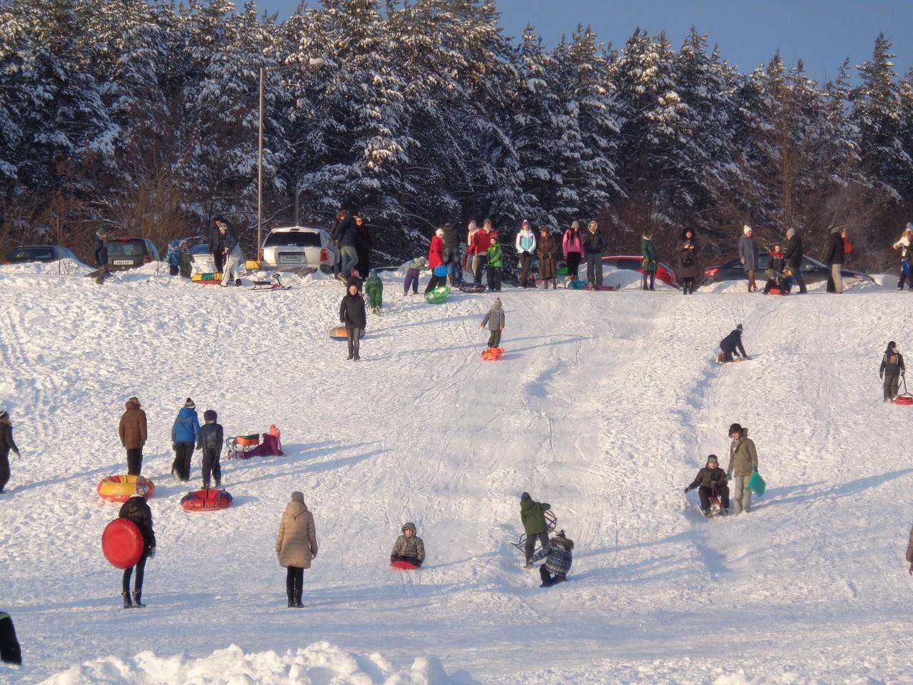 Экономный зимний отдых для всей семьи: направления и цены