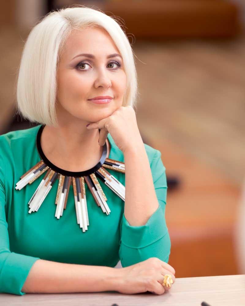 Телеведущая и астролог Василиса Володина знает, как загадывать желания