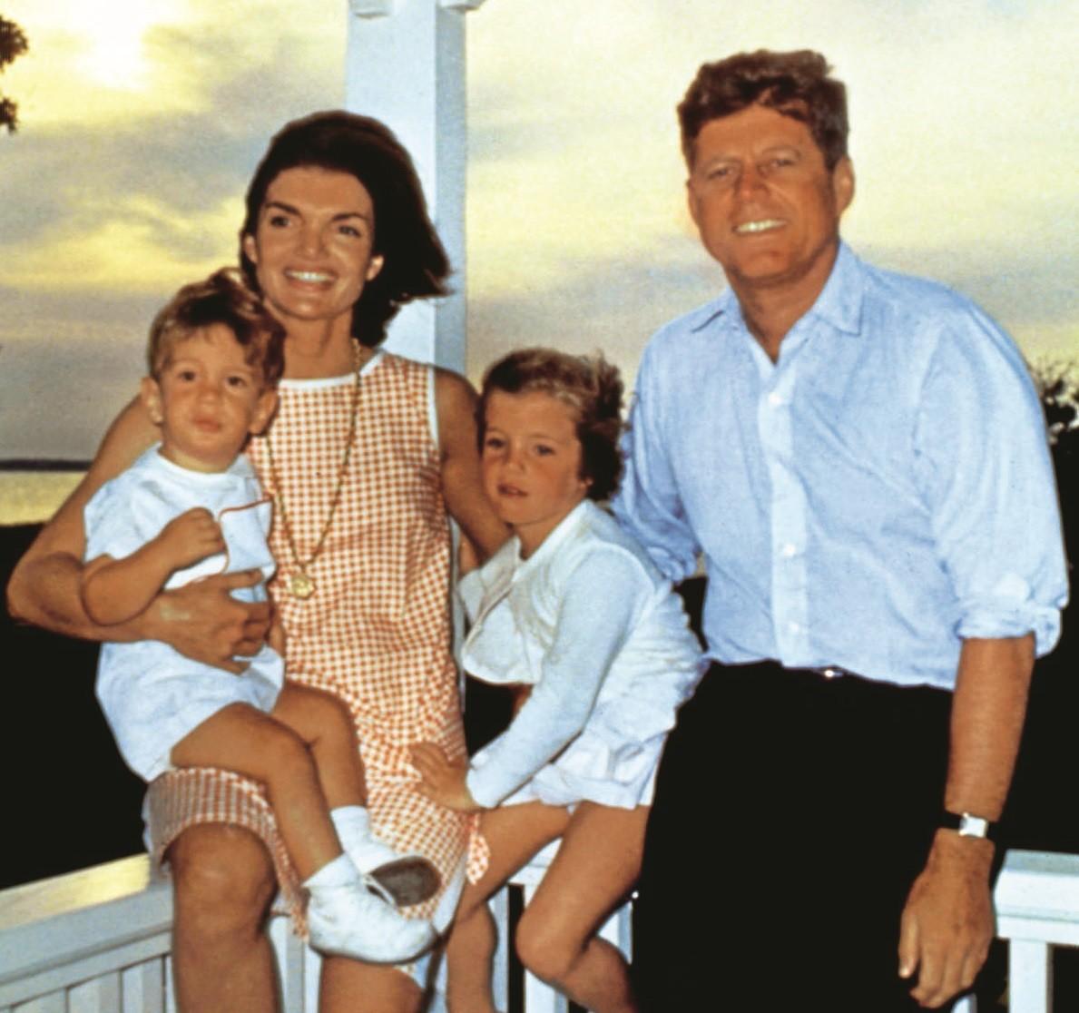 Жаклин и Джон Кеннеди: практичная любовь