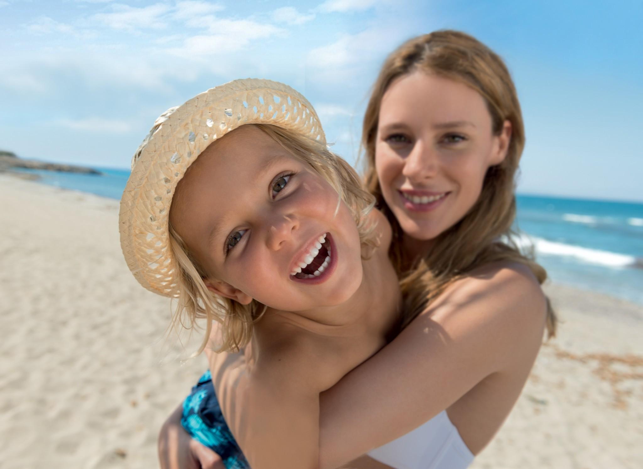 Защита от солнца: правила использования косметики