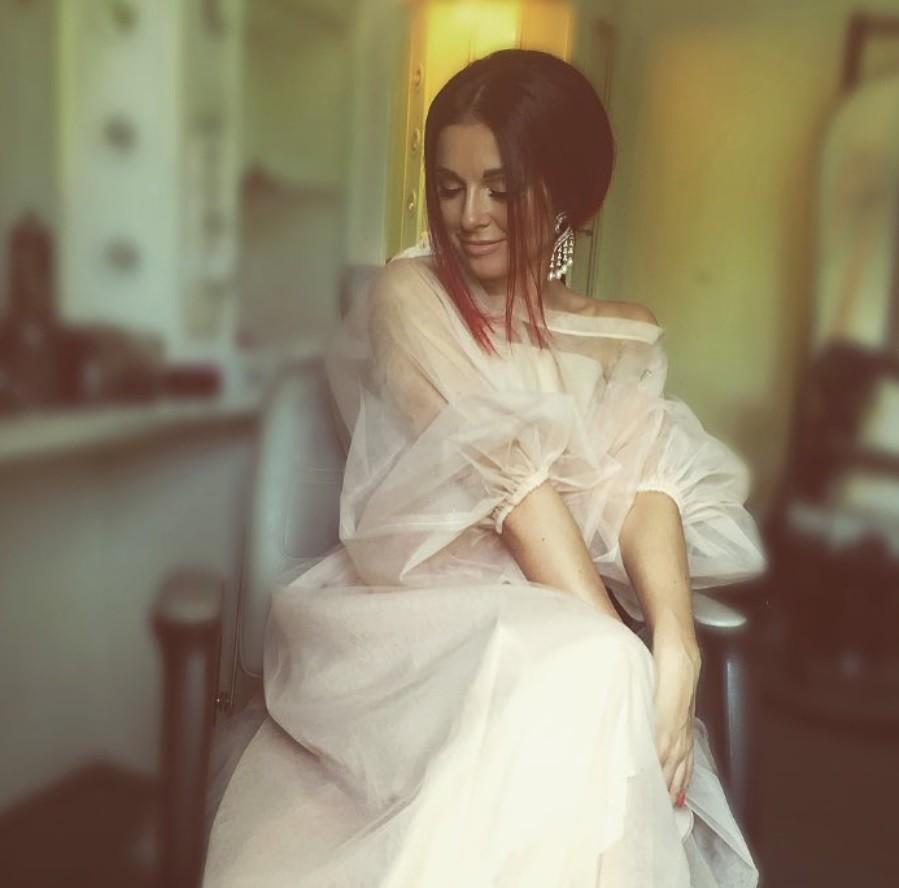 5 белоснежных нарядов прекрасных дам