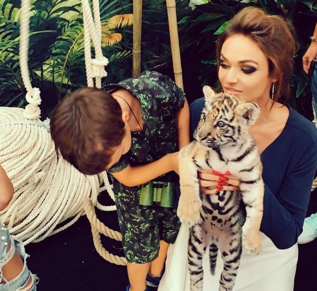 Сын Водонаевой отпраздновал 6-летие с тиграми