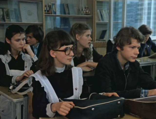 Смотрим лучшие фильмы про школьников и учителей