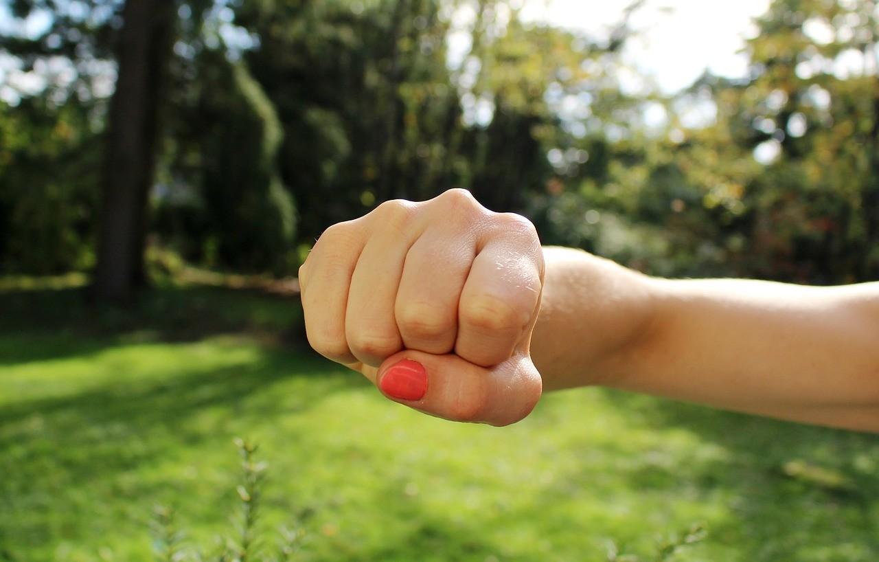 Как защититься от сексуального насилия: запомни эти советы
