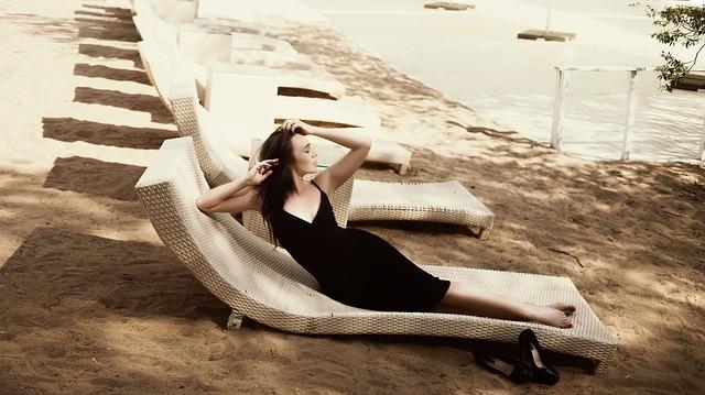 Как выбрать маленькое черное платье: советы Вячеслава Зайцева