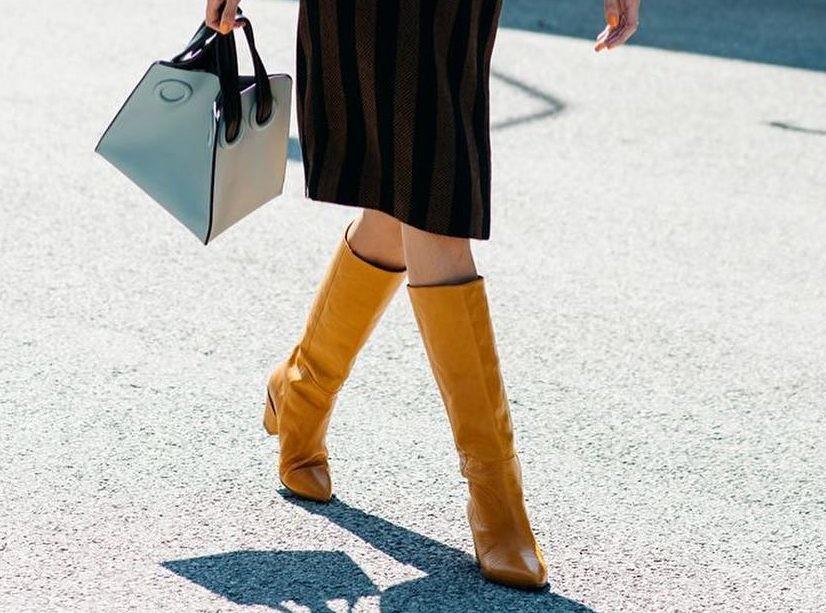С чем носить высокие сапоги?
