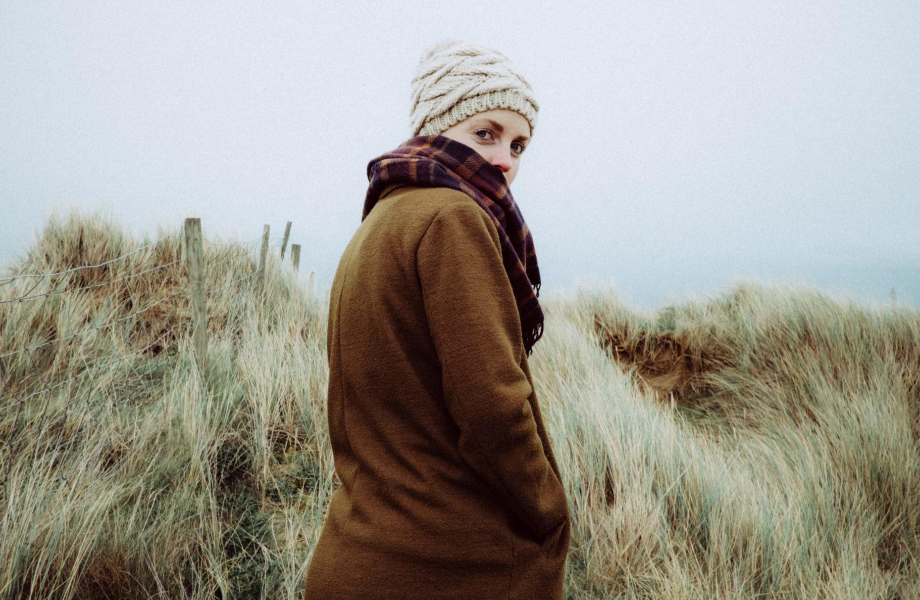 Утепляемся: c чем носить осеннее пальто зимой