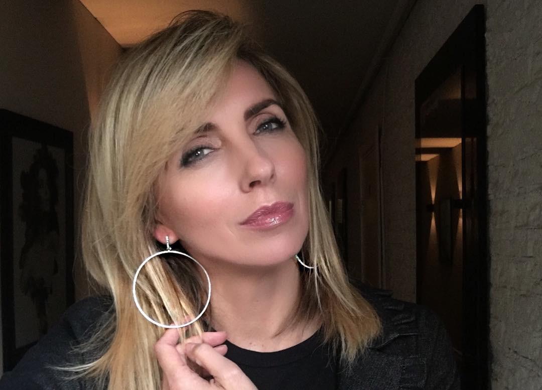 48-летняя Светлана Бондарчук похвасталась стройной фигурой