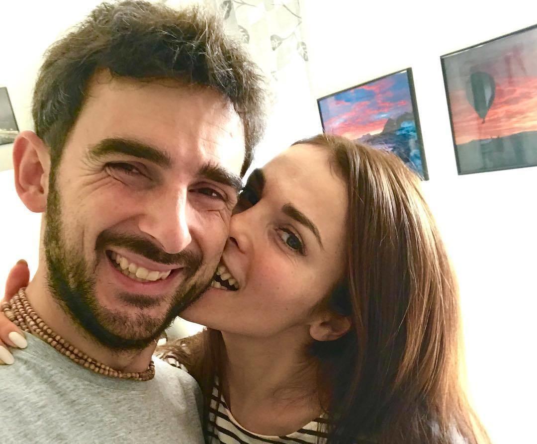 В сети появилось первое фото со свадьбы Сати Казановой в Италии
