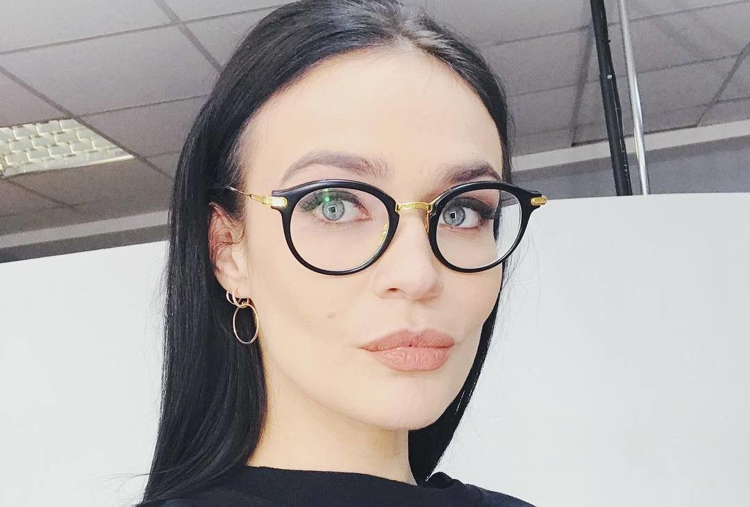 Алена Водонаева сделала необычную стрижку