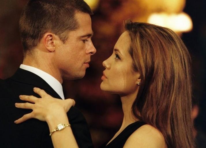 Брэд Питт предлагает Анджелине Джоли деньги в обмен на детей