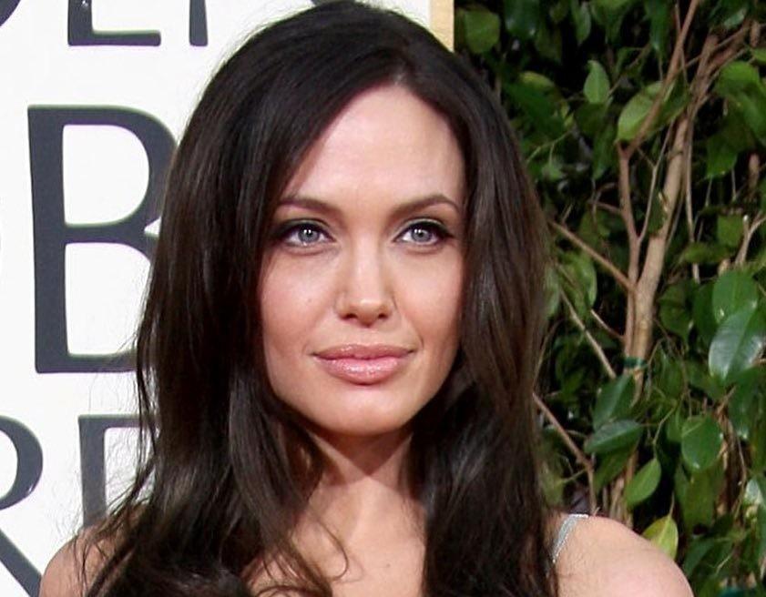 Анджелина Джоли помолвлена и готовится к свадьбе?
