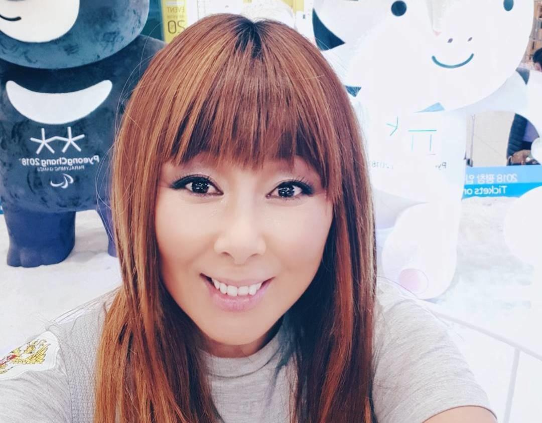 Анита Цой показала снимок без фотошопа