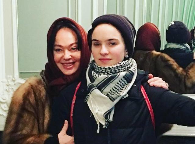 Лариса Гузеева показала своего будущего зятя
