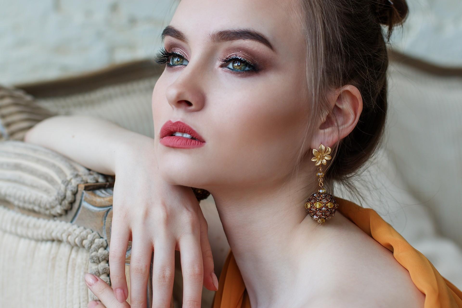 Новогодний макияж 2018: 6 правил стойкости