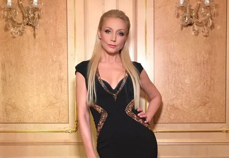 Кристина Орбакайте стала брюнеткой