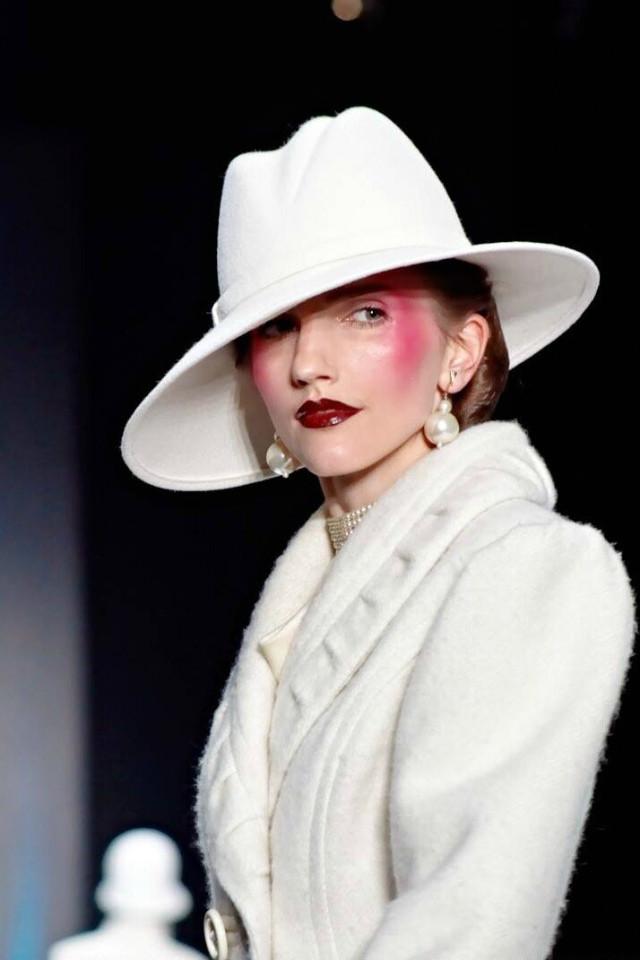 Выбираем модные весенние пальто: советы Вячеслава Зайцева