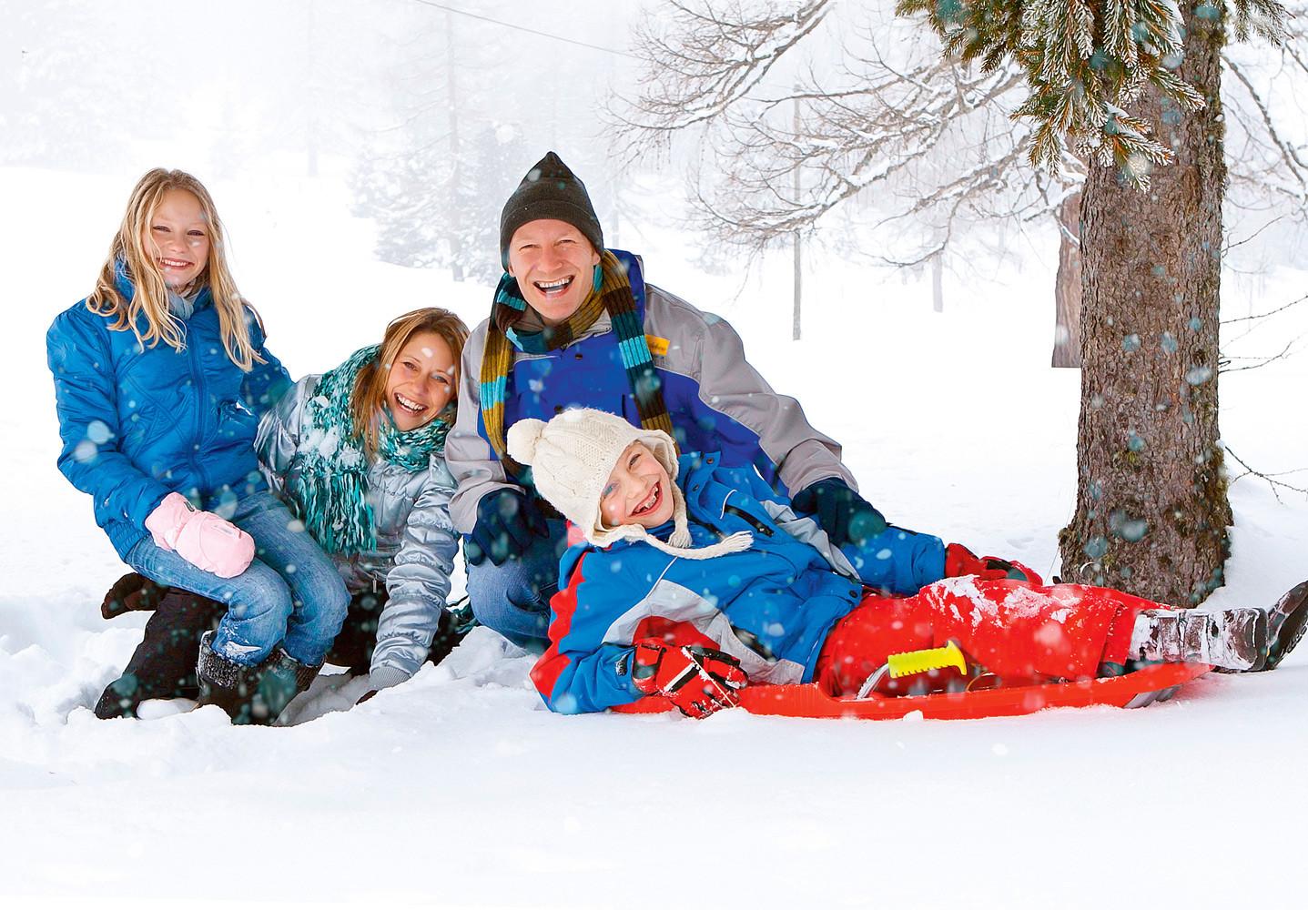 5 интересных зимних развлечений для всей семьи