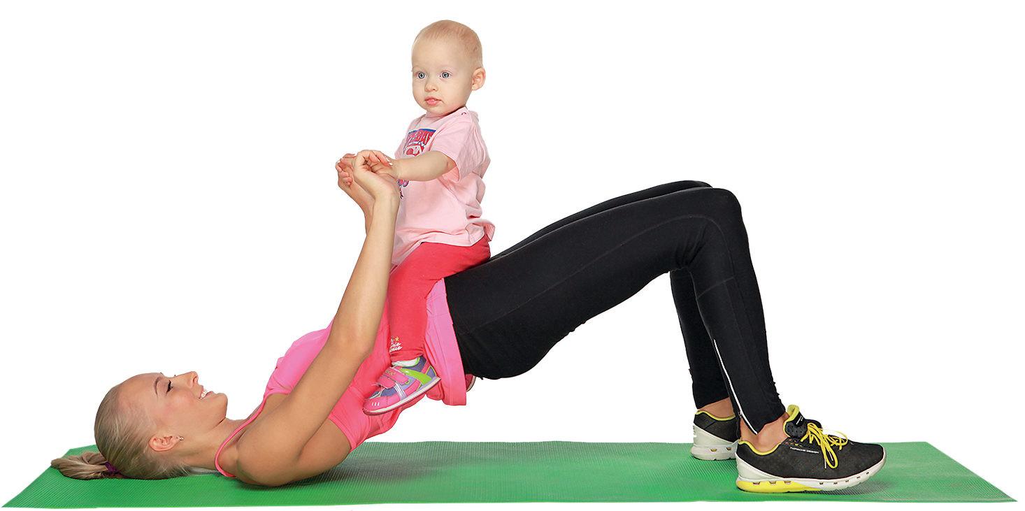 Фитнес вдвоем с малышом: 6 упражнений для молодой мамы