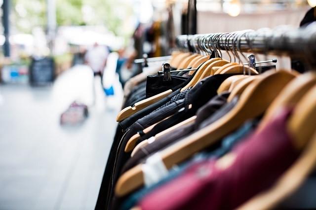 5 способов бюджетно обновить гардероб
