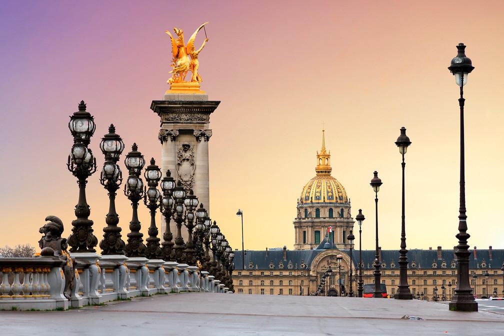 5 самых романтичных мостов мира, на которых надо поцеловаться