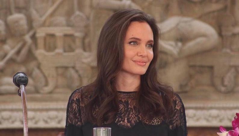Джоли и Питт снова будут вместе: первое интервью Анджелины после развода