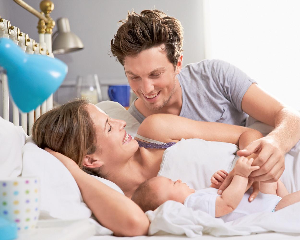 Совместный сон с ребенком: папа — «за», а мама — «против»