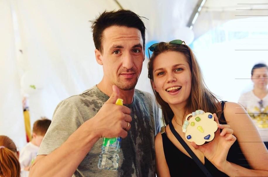 Дарья Мельникова и Артур Смольянинов впервые показали сына (фото)