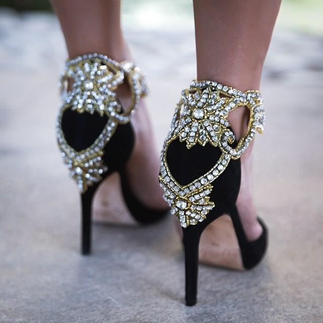 10 красивых туфель на весну до 3500 рублей