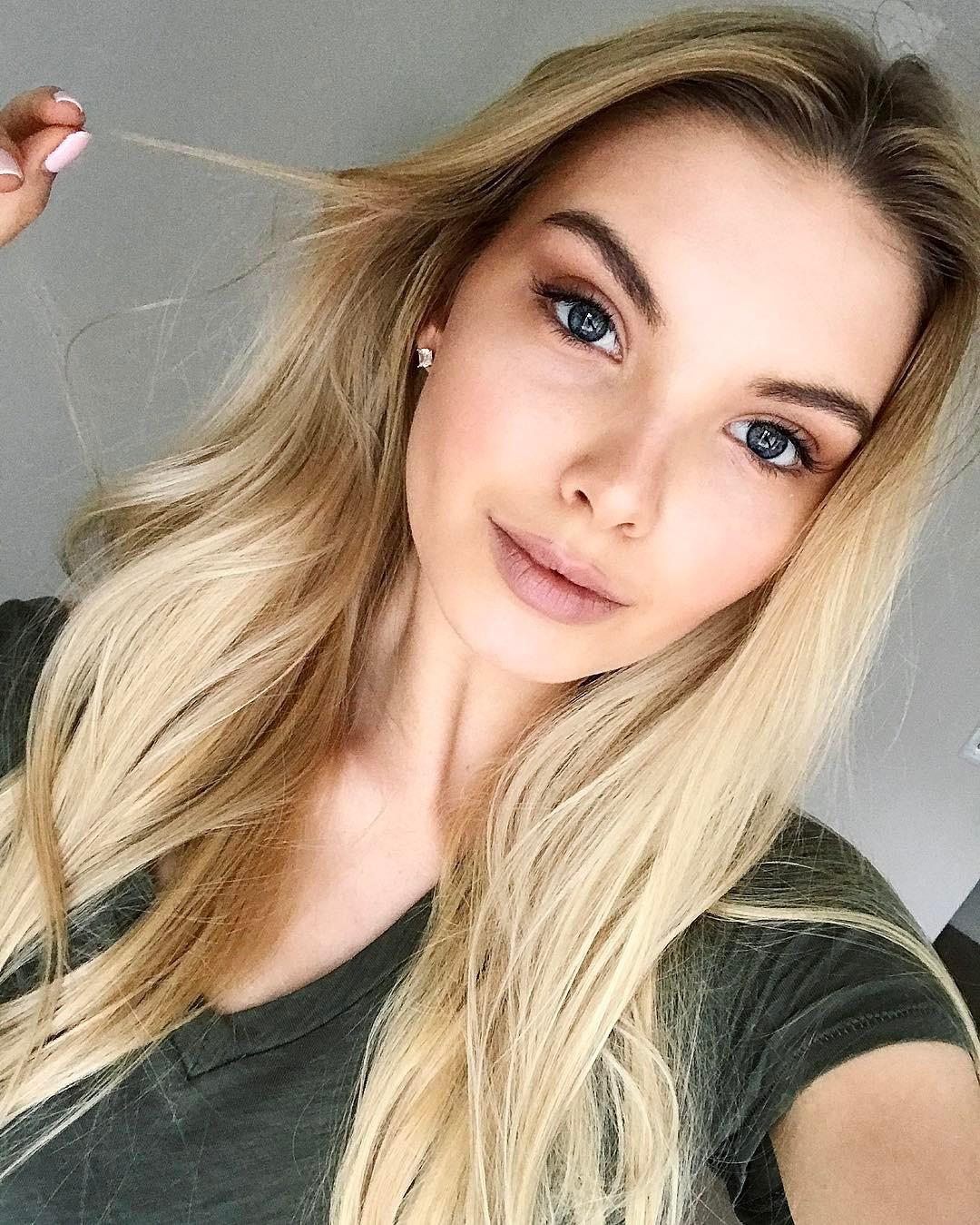 10 лучших селфи от новой «Мисс Россия 2017»