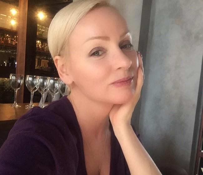 В 52 года Жанна Эппле имеет тело юной девушки (фото)