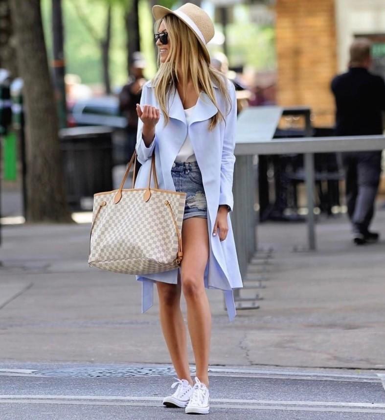 С чем носить белые кроссовки: 9 идей (фото)