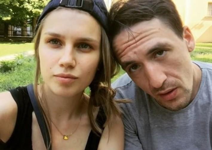 Дарья Мельникова и Артур Смольянинов больше не скрывают сына (фото)