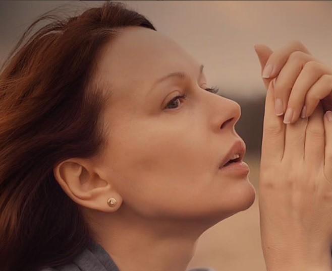 Ирина Безрукова показала лицо без макияжа и рассказала о своих чувствах (фото)