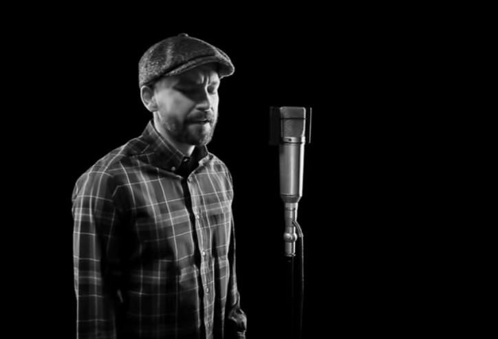 Рок-музыканты записали к 9 мая клип на песню «Темная ночь» (видео)