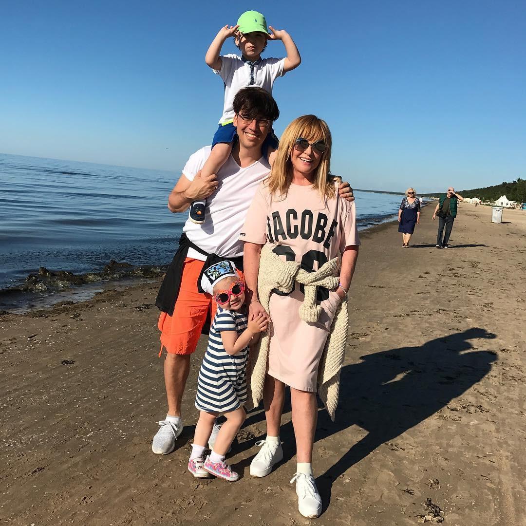 Свершилось: Галкин выложил первое совместное фото семьи
