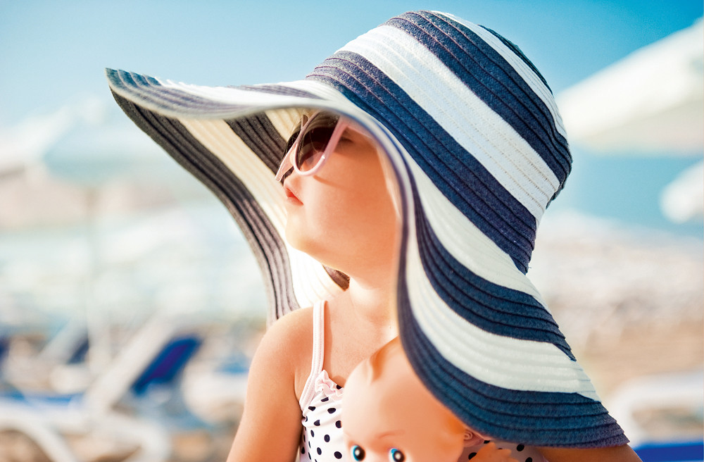Аллергия на солнце у детей: причины, лечение, профилактика