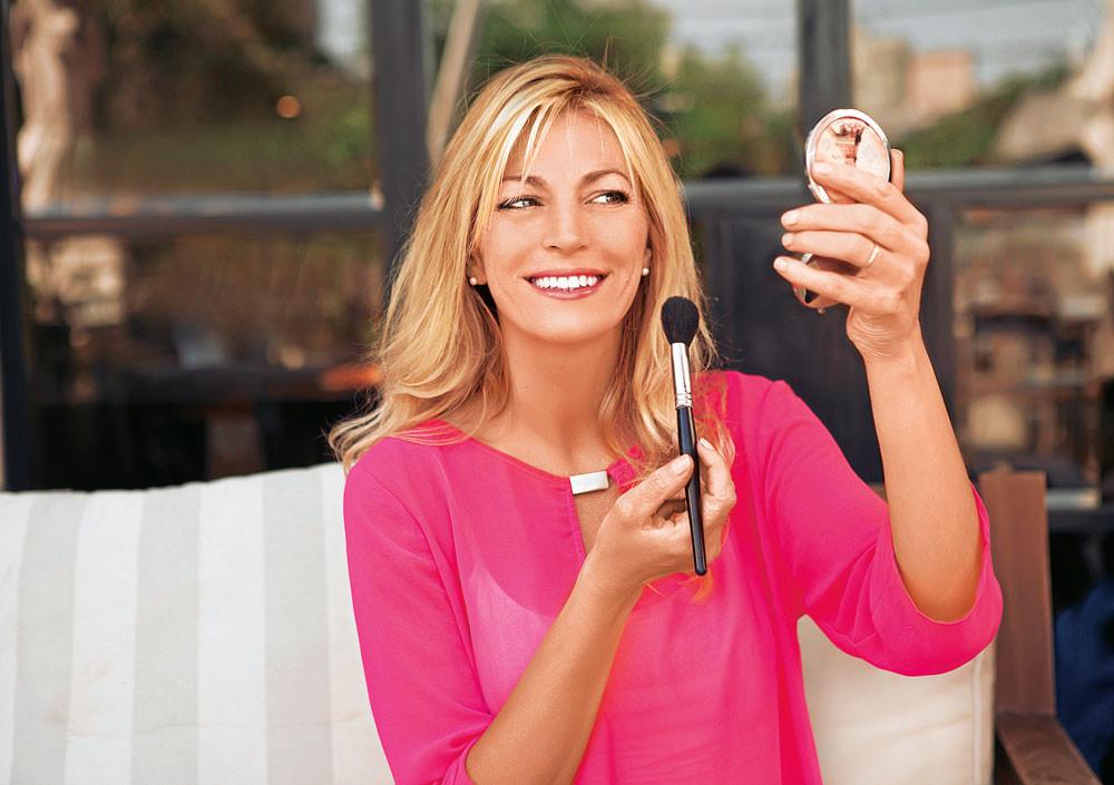 Как нанести утренний макияж за 5 минут