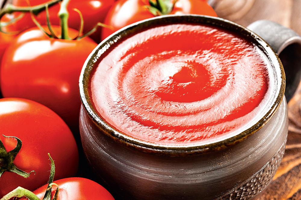 Домашний кетчуп с гвоздикой и перцем чили