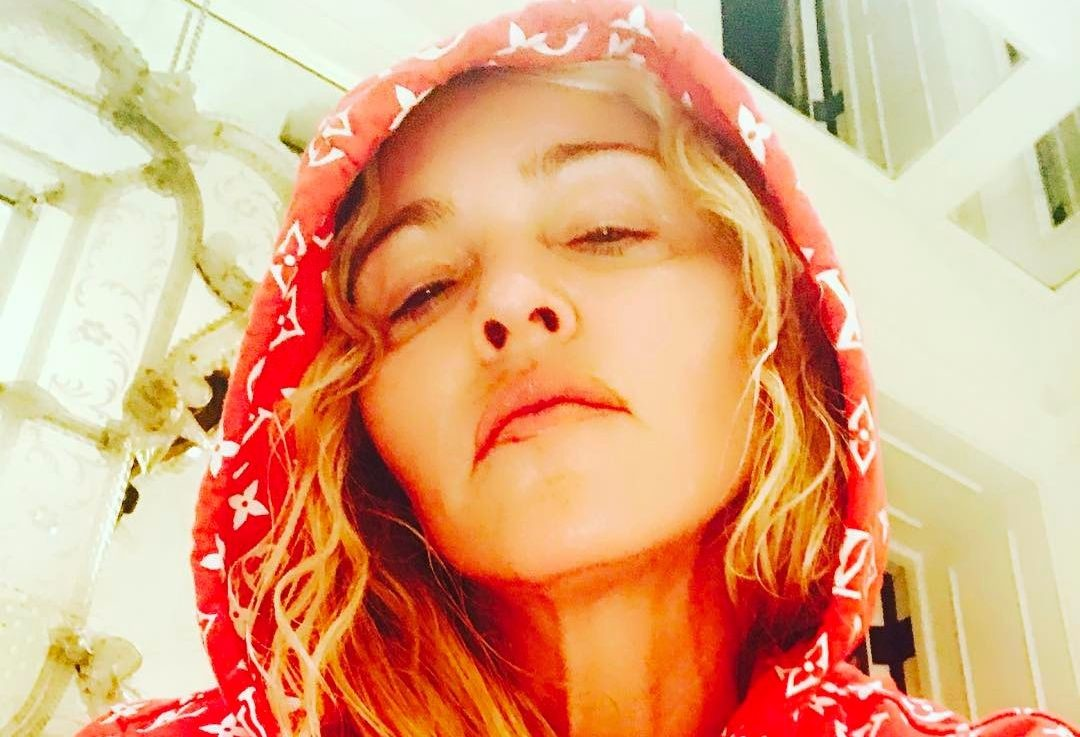 Мадонна огорчила фанатов снимком без макияжа