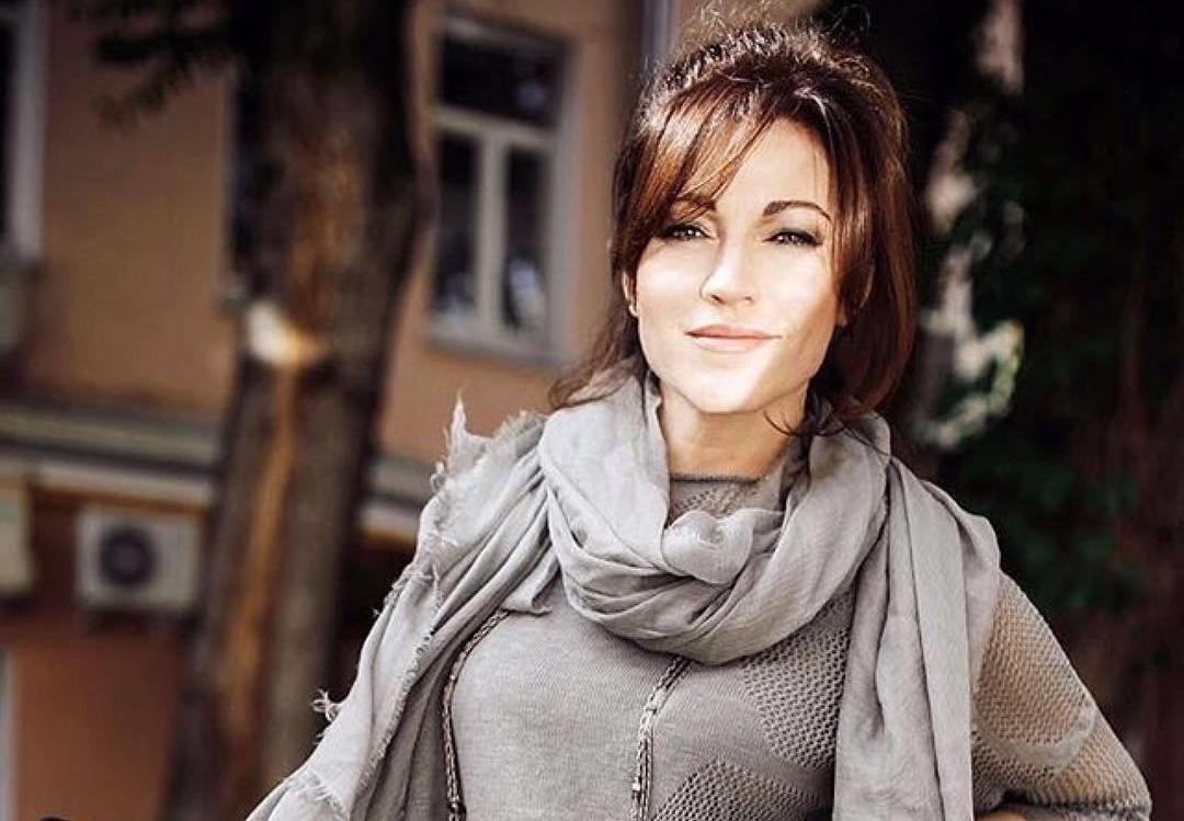Алена Хмельницкая восхитила поклонников снимком без макияжа