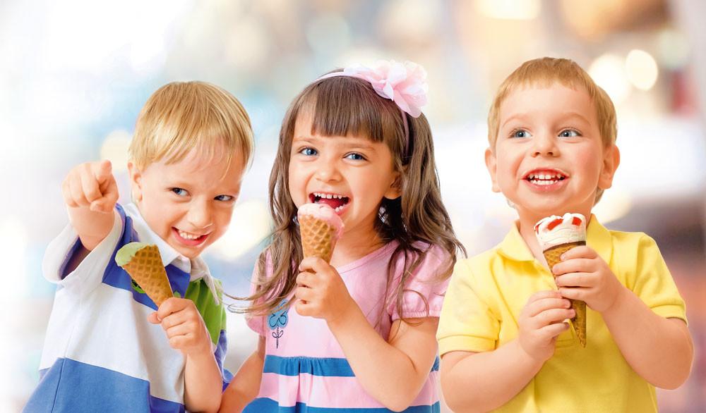 Домашнее мороженое: балуем детей полезным лакомством