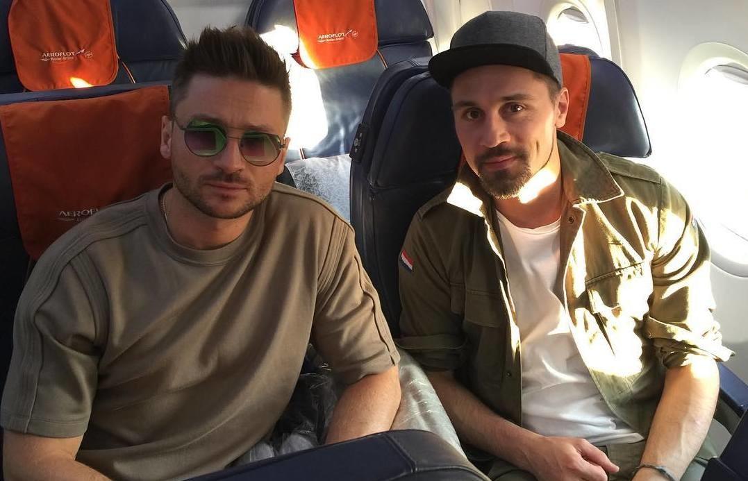 Дима Билан и Сергей Лазарев улетели в Португалию снимать клип