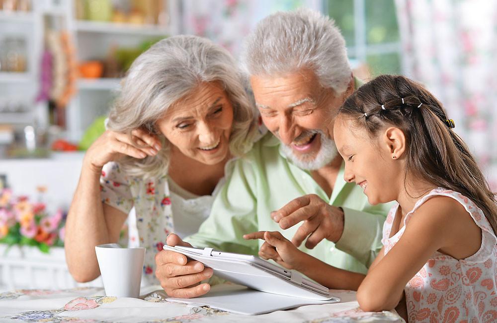 Как не позволять старшему поколению баловать ребенка