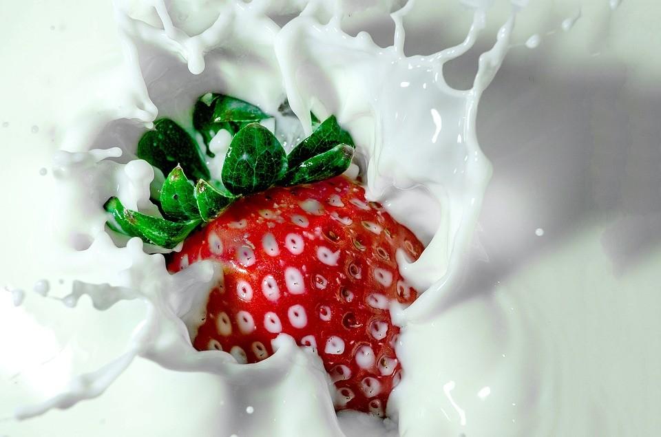 Вредно ли взрослым пить молоко?