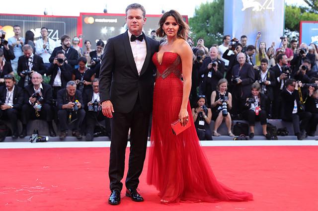 Лучшие образы звезд с открытия Венецианского кинофестиваля